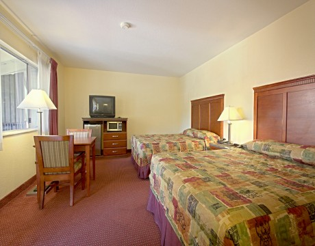 Relax Inn and Suites - Double Queen Bedroom