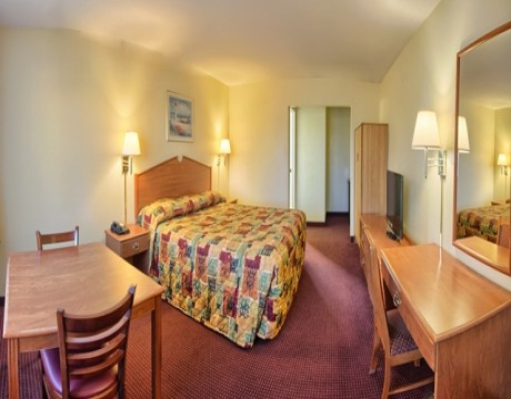 Relax Inn and Suites - Affordable Accommodations in El Cajon